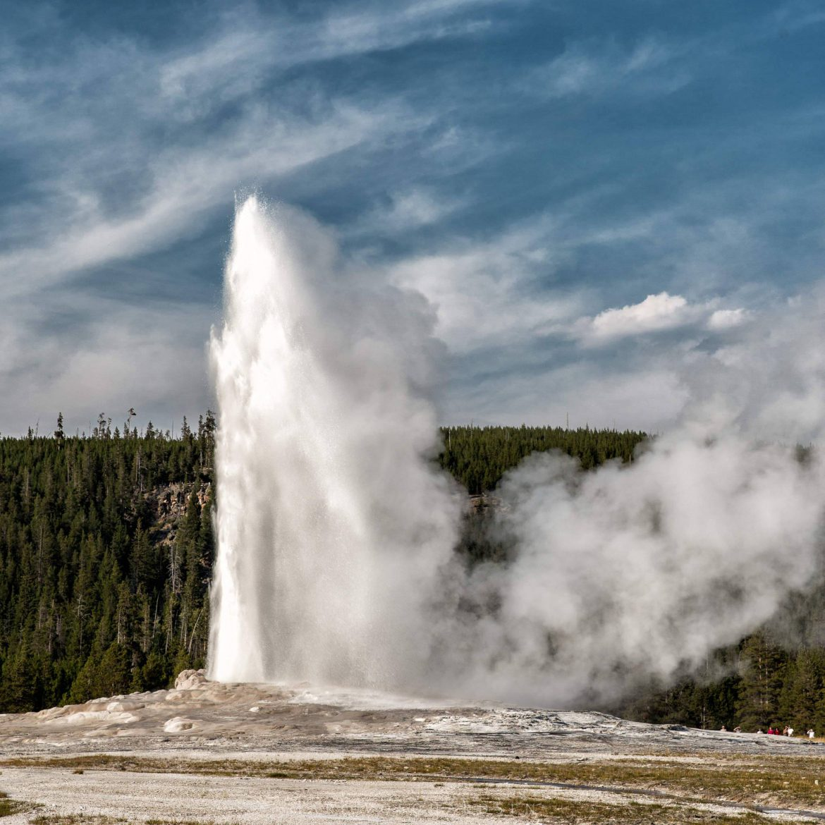 Yellowstone — Old Faithful