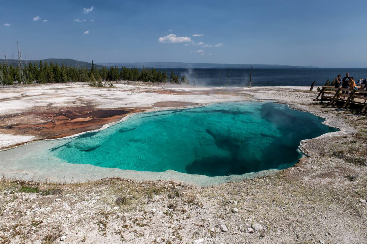 Yellowstone - West Thumb Geyser Basin - Abyss Pool (1714)