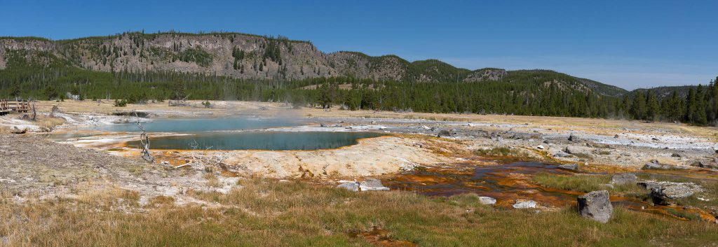 Yellowstone - Biscuit Basin: Black Opal Pool und Black Diamond Pool (2658)
