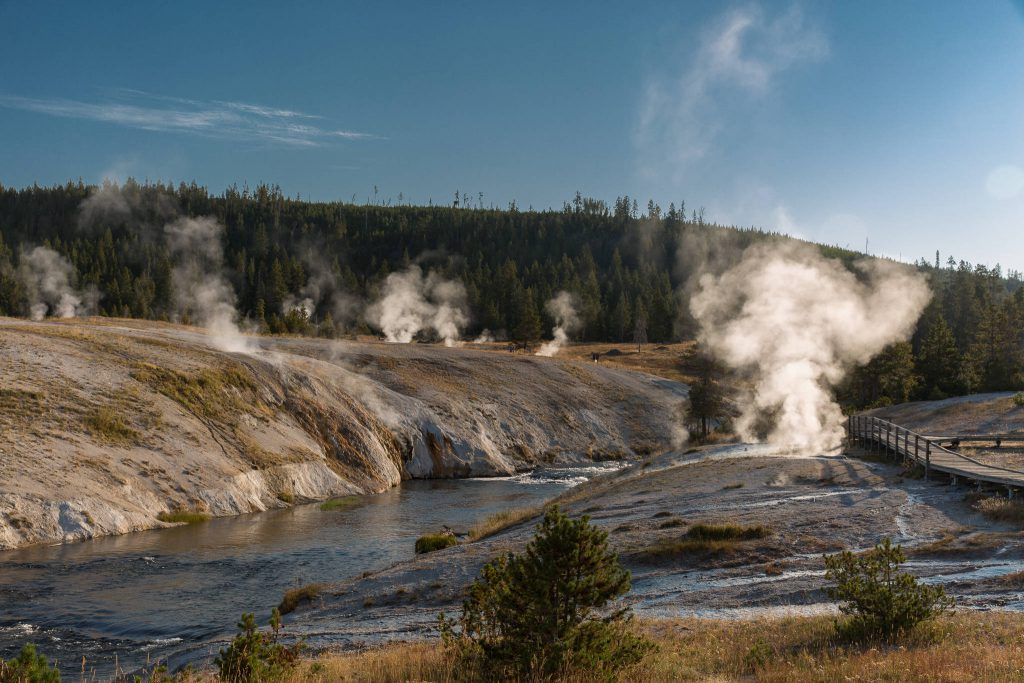 Yellowstone - Firehole River & Geyser Hill (2385)