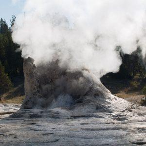 Yellowstone - Giant Geyser (2590)