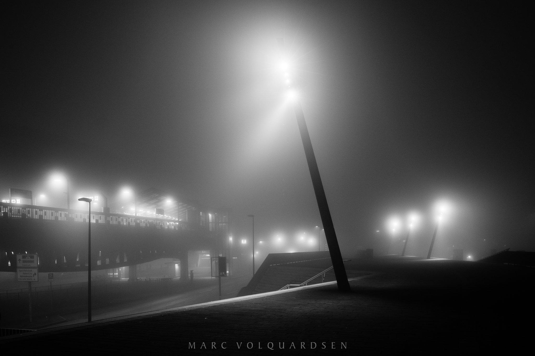 Hamburg - Baumwall im Nebel (0076)