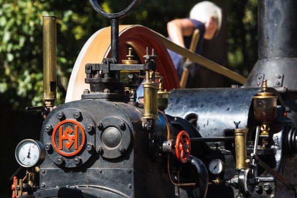 Dampfmaschine (0299)