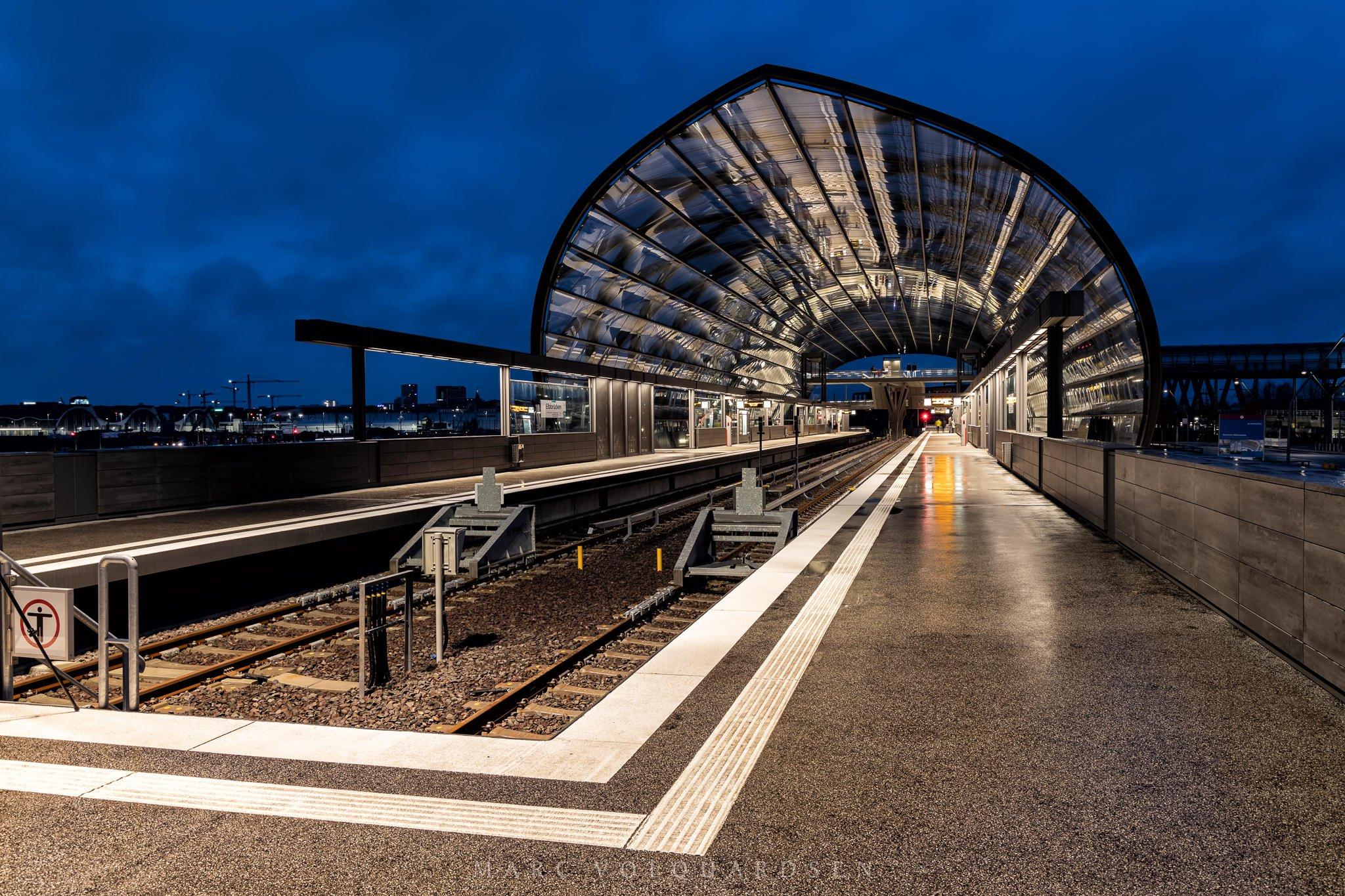 Elbbrücken underground station (0048)