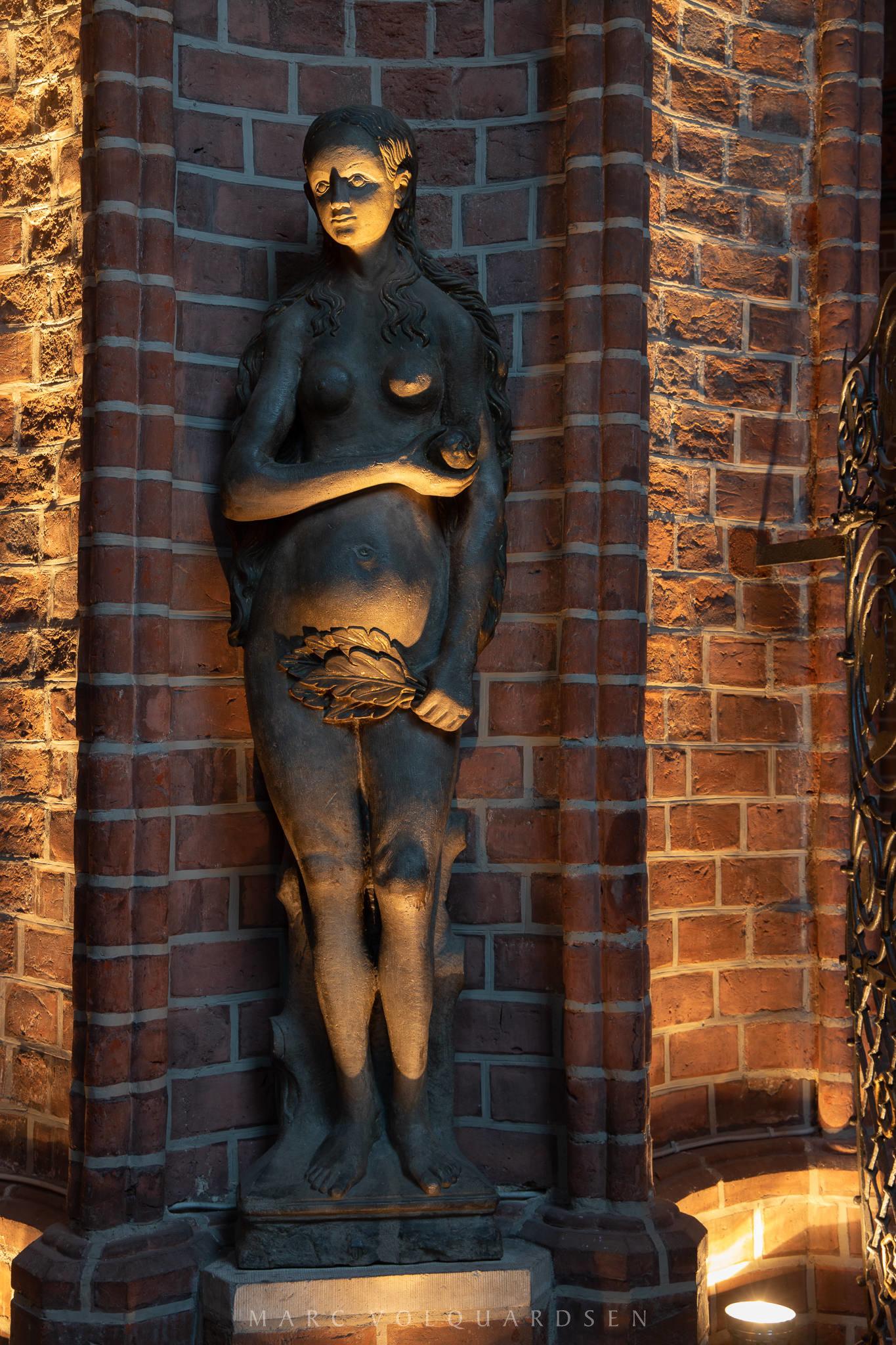 St. Nicolai - Illuminated Church (0116)