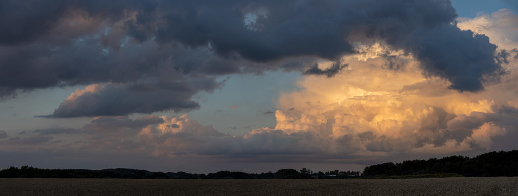 Golden Raincloud (Panorama)